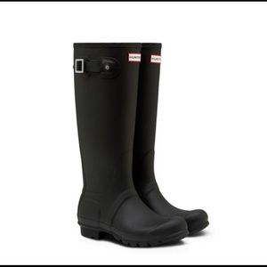 Hunter Black Original Tall Rain Boots. BRAND NEW!